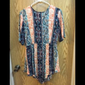 Paisley style dress with short sleeve size medium